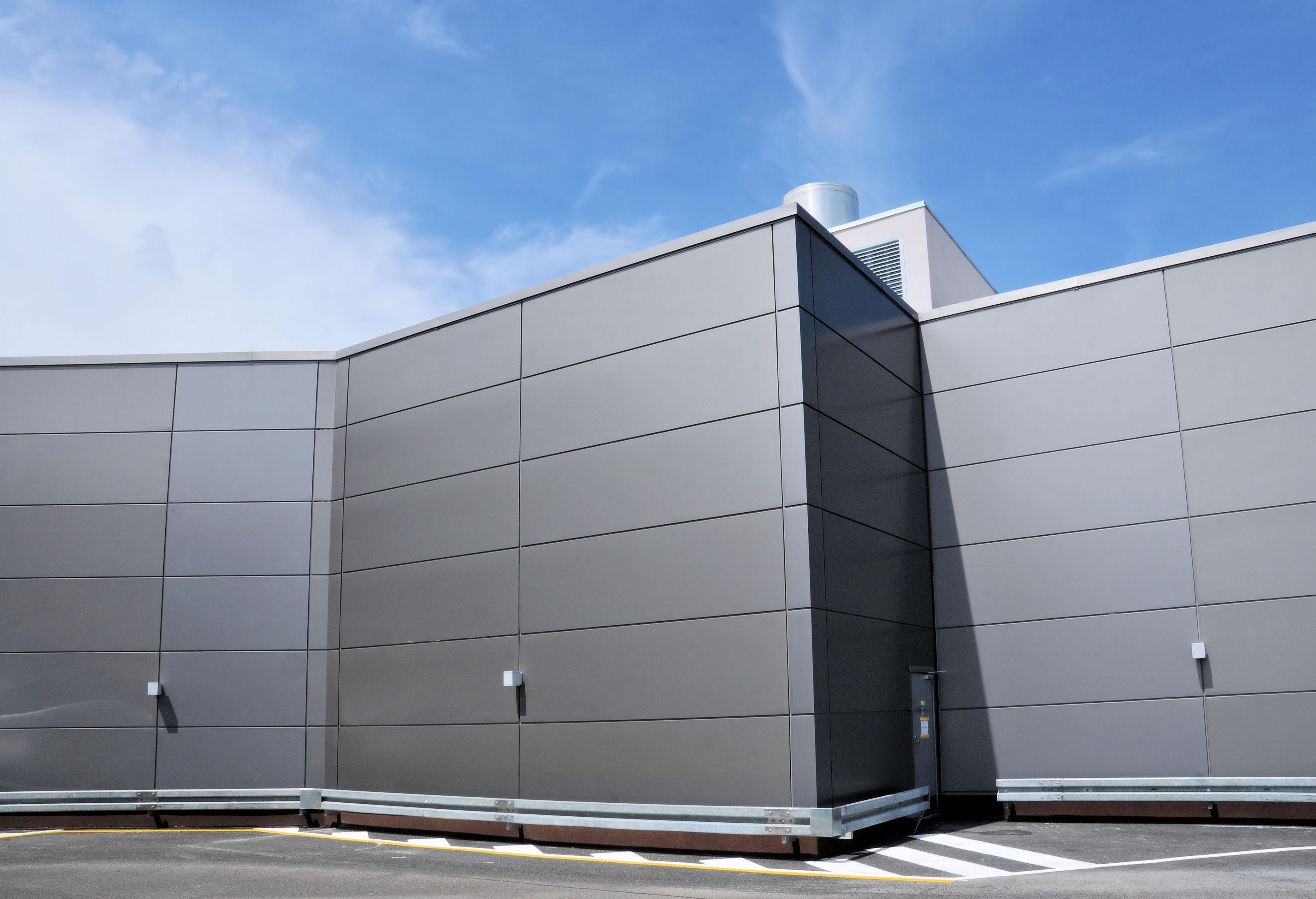 Aquario shopping centre Šturovo