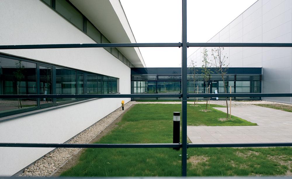 Xpand 6D Cinema at the Entertainment Centre Arena Vodafone Live