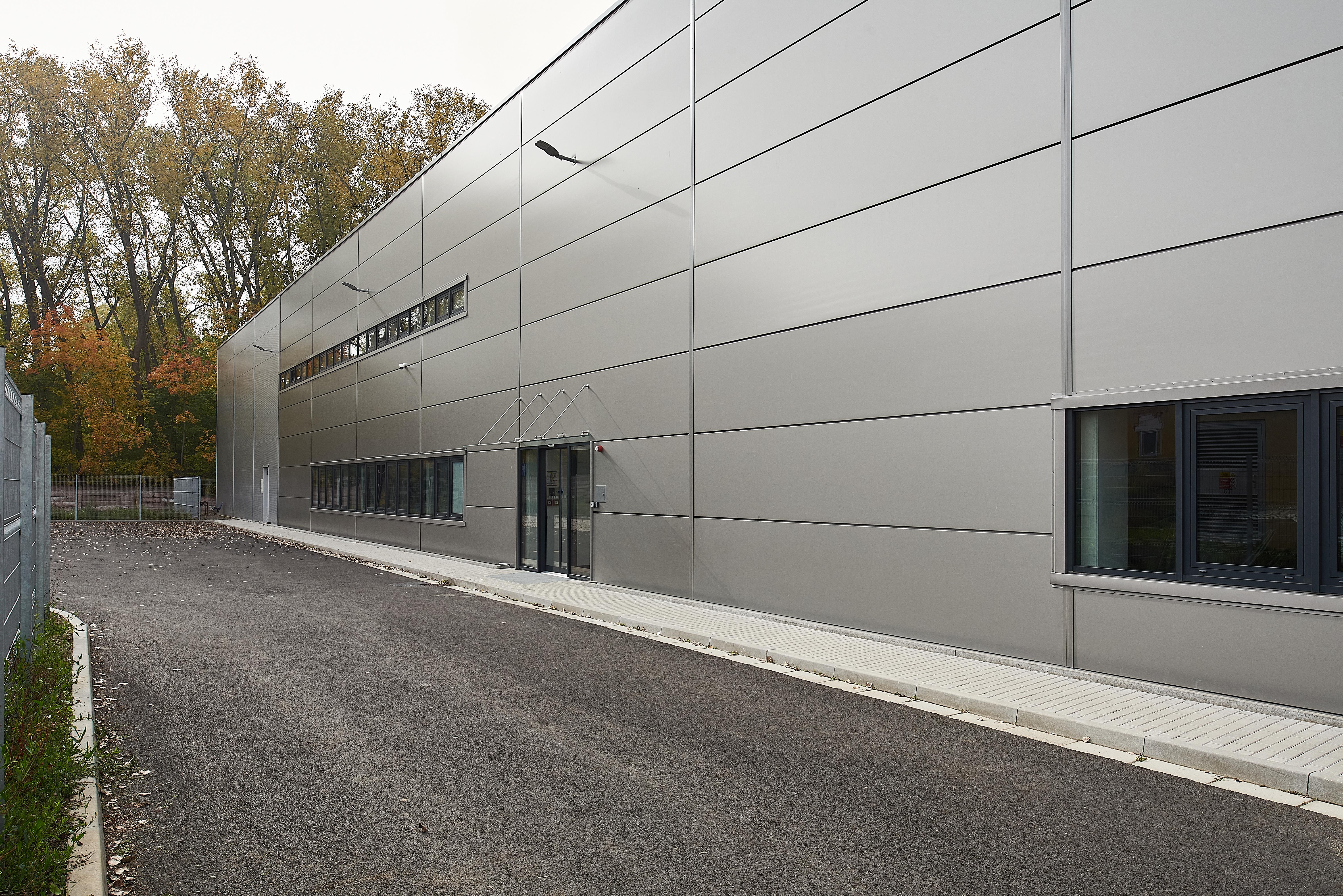 Volleyball court modular facilities